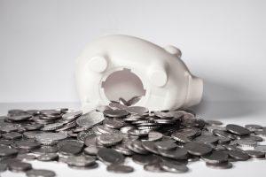 10 Ways To Save Money In A Divorce